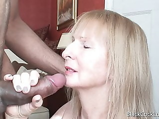 facial mature handjob