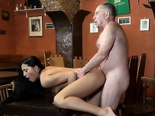 hd brunette doggystyle