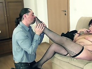 fetish brunette cumshot